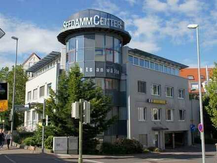Helles Büro ca. 23 m² auf Büroetage in Leonberg-City zu vermieten