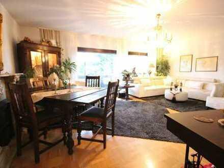 Godorf: helle, ruhige 3-Zimmer Wohnung mit Balkon, Tageslichtbad, Gäste-WC, Garage