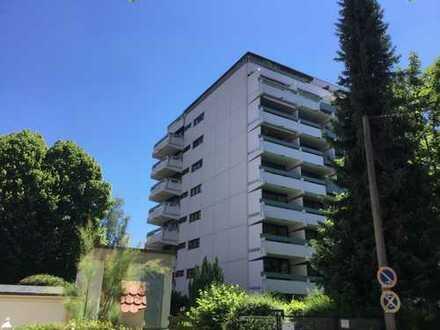 2-3 Zi.Wohnung (renovierungsbedürftig) mit 2 Balkonen,sowie 1 o. 2 TG-Plätzen in Kempten-Zentrum
