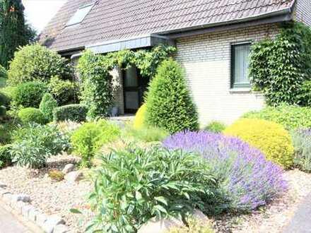 Freistehendes Einfamilienhaus mit 7 Zimmer und großem Garten in schöner Wohnlage von Reken!!!