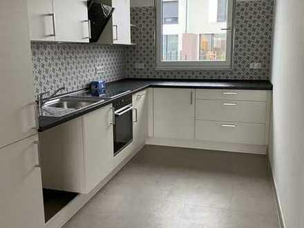 Erstbezug mit Einbauküche: schönes und nachhaltiges KFW55 Reihenhaus mit fünf Zimmern in Nauen