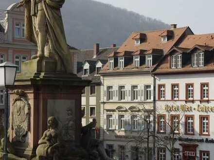 Stilvolle, geräumige und sanierte 1-Zimmer-Wohnung mit Einbauküche in der Heidelberger Altstadt