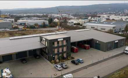 Moderne attraktive Hallefläche (ca. 780 qm) und Büro (ca. 90 qm) in Rosbach v.d.Höhe provisionsfrei