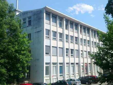 Zentrumsnahes Studenten-Apartment mit Galerie in einem Studentenwohnheim in Reutlingen