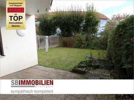 Rarität: 2,5 Zi-Terrassenwohnung mit großem Gartenanteil zur eigenen Nutzung + TG-Stellplatz!