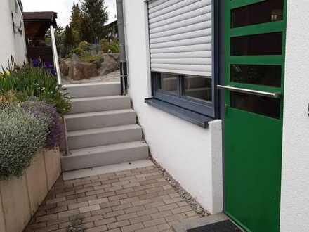 Vollständig renovierte 1,5-Zimmer-Wohnung mit EBK in Tiefenbronn