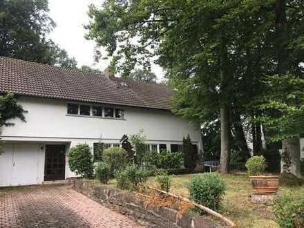 Wunderschönes Grundstück! freistehendes Einfamilienhaus mit viel Potenzial