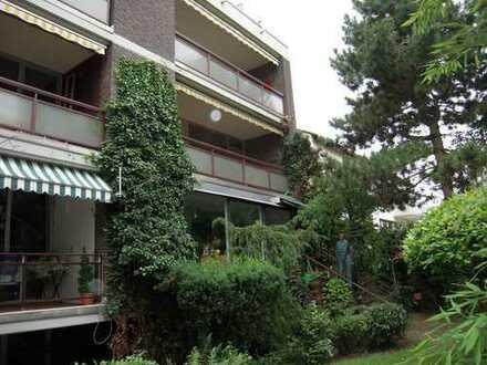 Gutgeschnittene Eigentumswohnung in ruhiger Lage mit Einzelgarage