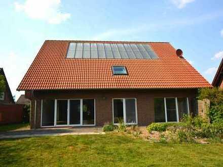 cuxmakler.de - schickes, junges Haus i.d. Nähe vom See -Kapitalanlage-