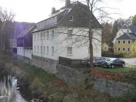 Mehrfamilienhaus mit sechs Wohneinheiten als Anlageobjekt in Zschopau zum Verkauf