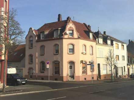 Rentables Wohn- und Geschäftshaus nach WEG geteilt im Sanierungsgebiet
