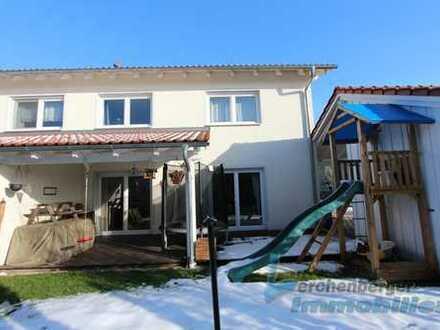 Immobilien Lerchenberger: Tolle Doppelhaushälfte für die Familie in Natternberg