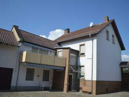 Erstbezug - großzügiges modernisiertes EFH (ehemalige Hofreite) in Liederbach