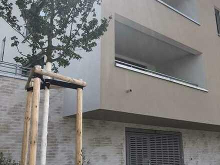 Außergewöhnliche 3-Zi-Whg. mit großer Dachterrasse (Whg. 8) - Besichtigung am Sa., 15.08., 13-14 Uhr