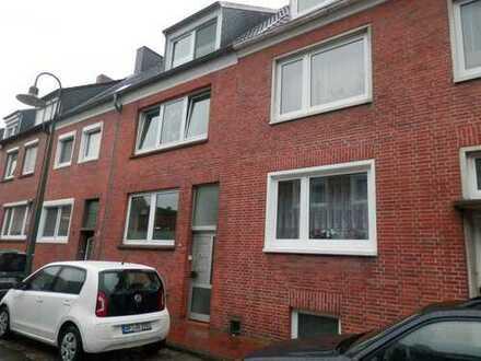 ruhige Innenstadtlage: 2-Zimmer-Wohnung zu vermieten!