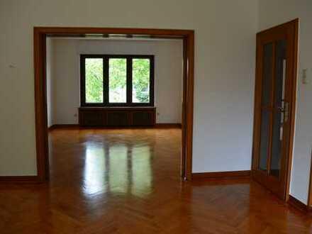 Elegante Wohnung im Moltkeviertel, auch Büro für einen Freiberufler