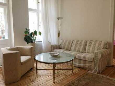 Komplett möblierte, helle, ruhige, 2 Zimmerwohnung im Gartenhaus - gerade modernisiert