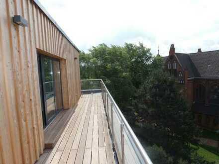 Penthouse - Erstbezug, mit Aufzug, barrierefrei , offene Einbauküche und großzügige Dachterrasse