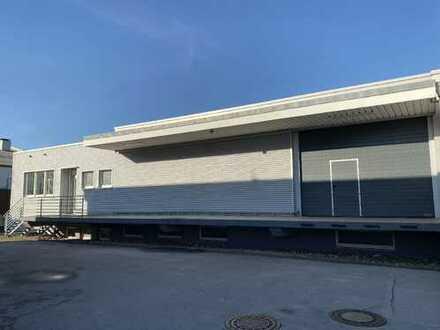 Gepflegte Gewerbehalle mit ca. 163 m² Bürofläche und ca. 700 m² Gewerbefläche - Hilden