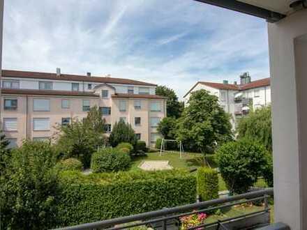 Schöne, geräumige zwei Zimmer Wohnung in Augsburg, Hammerschmiede