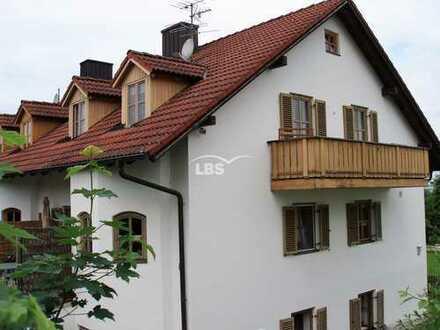 Doppelhaushälfte mit 3 Wohneinheiten in Mamming