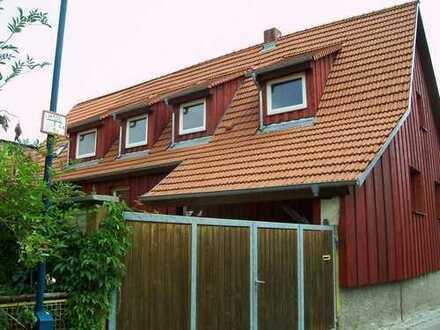Kleines Bauernhaus mit Scheune,Hof und Garten