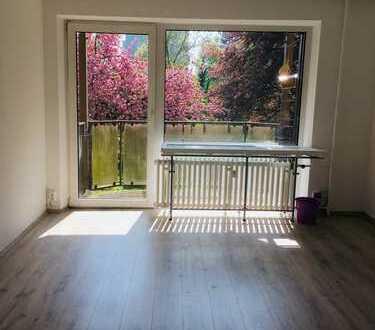 Sehr schön gelegene 3 Zimmer Wohnung fußläufig zum Rhein