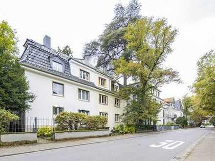 Lichtdurchflutete 4,5-Zimmer Wohnung mitten in Neuenheim