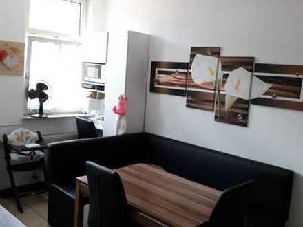 Schnuckelige 3-4 Zimmer Wohnung von privat mit EBK in gemütlichem 3-Fam-Haus