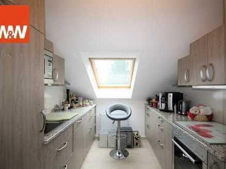 Großzügige 2 Zimmer Dachgeschosswohnung in ruhiger Lage in Ottobrunn