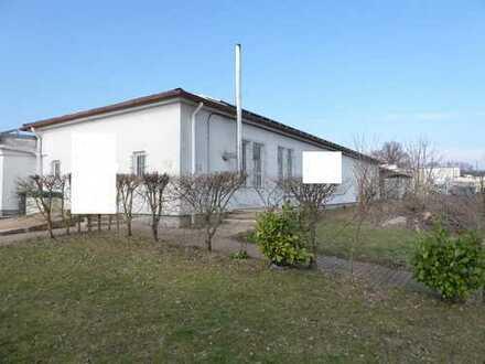 Vermietete Lagerhalle mit Photovoltaikanlage in Zweibrücken