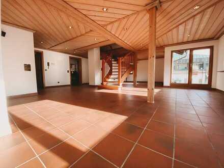 Den Sternen nahe: Idyllische Maisonnette im Landhausstil mit Blick auf Schwarzwaldberge