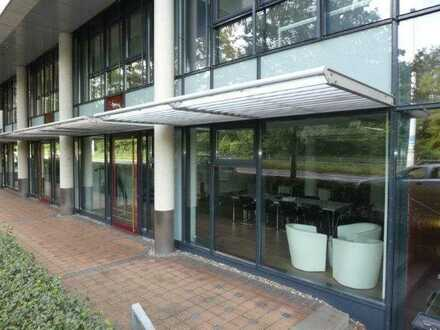 Ladengeschäft / Verkaufsläche im EURO CENTER mit großer Schaufensterfront