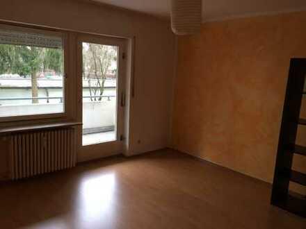 Gepflegte 3-Zimmer-Hochparterre-Wohnung mit Balkon in Sieglitzhof