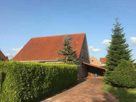 DHH mit Terrasse und Carport in Großheide