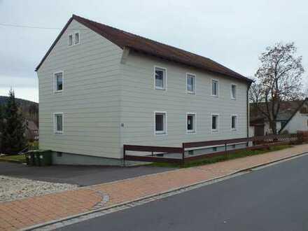 Waldershof Wohnung mit 2 Zimmer, Wohnküche, Gartenanteil und Garage zum Kauf