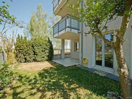 """Helle 4-Zimmer-Gartenwohnung mit 2 Terrassen direkt am Naturschutzgebiet """"Panzerwiese"""" und nahe BMW!"""