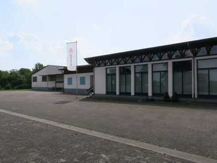 6.500 m² Produktions-/Lagerfläche - Büro und Ausstellung - umfangreiches Erweiterungspotenzial