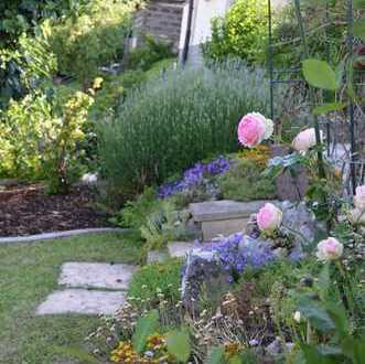 Schöne DHH mit Garten, gut angebunden