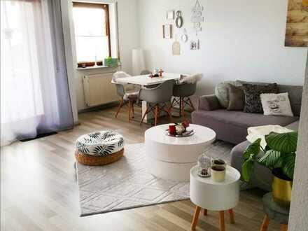 Gepflegte 2-Raum-Wohnung mit Balkon und Einbauküche und Waschmaschine in Sinzheim
