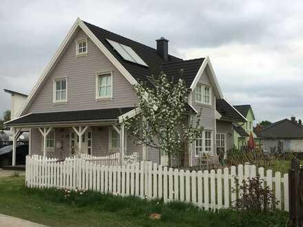 Gemütliches norwegisches Holzhaus