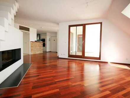 Große 4 1/2 Zimmer Dachgeschosswohnung mit Fernblick in Grenzach