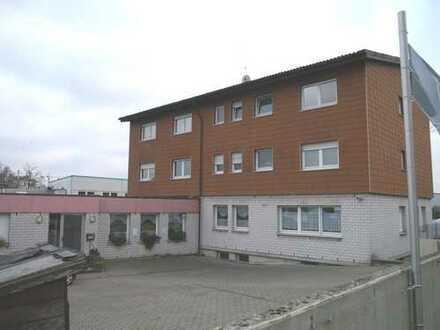 Büro- und Verwaltungsgebäude auf 3 Ebenen