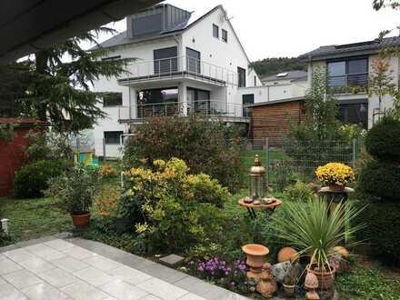 2 WG -Zimmer 14m² und 20m² in einer sehr schönen 5 ZKB mit Terrrasse und Gartenanteil