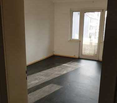 Schöne 3-Zimmer-Wohnung mit 2 Balkone in Hannover( nahe Pelikanviertel)