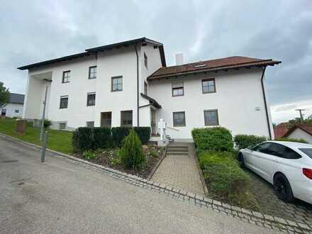 Gemütliche 2 Zimmer-Dachgeschosswohnung in ruhiger Lage von Kirchheim