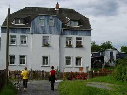 Modernisierte 4-Zimmer-Dachgeschosswohnung mit Terrasse und Einbauküche in Bad Schandau/Ostrau