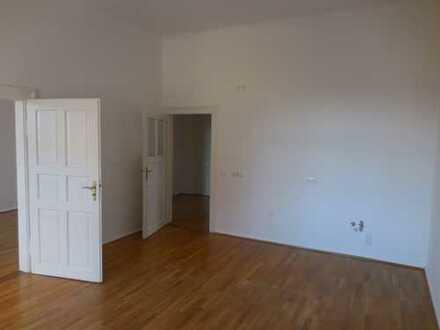 Erstbezug nach Sanierung: geräumige 3-Zimmer-Wohnung zur Miete in Maxvorstadt, München