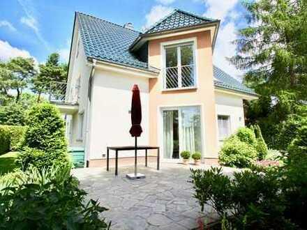 Bild_Haushälfte mit Terrasse in Südlage