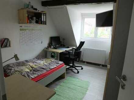 Helles Zimmer in nettem, neuen Studentenwohnheim